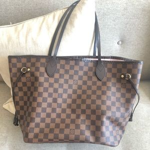 Authentic Louis Vuitton Neverfull tote RB